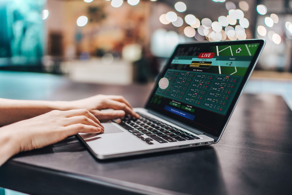 A Lot Of Pros And Cons Of Online Betting